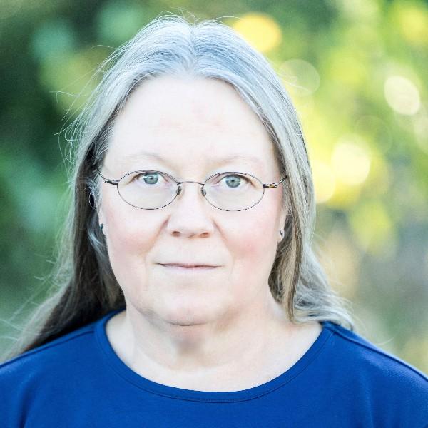 Dawn Lovisa