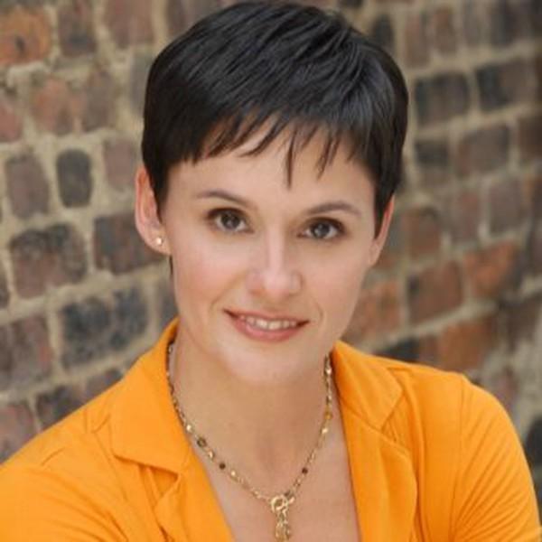 Madeleine M Castellanos